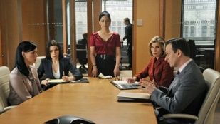 The Good Wife 02x22 : Getting Off- Seriesaddict